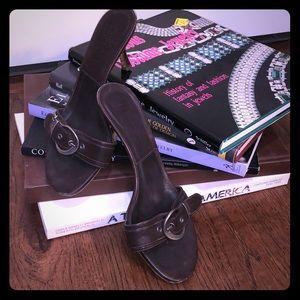 Shoes - Christian DIOR Brown Mule kitten heel size 37.5